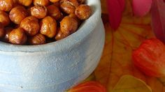 A delicious, high fiber snack, these roasted chickpeas are a crispy, crunchy alternative to bland, mushy chickpeas.