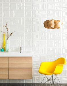 Mixed geometric patterns in Pearl. Available in 200x200 #tiles #black #white #3D #design