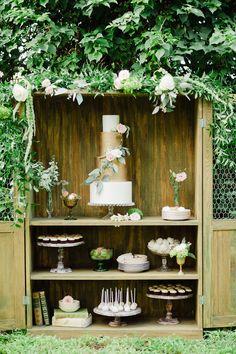 Photography: Merari Photography - merari.com  Read More: http://www.stylemepretty.com/southeast-weddings/2014/03/13/enchanted-garden-inspiration-shoot/