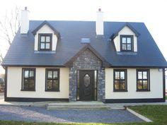 Podobny obraz Dormer Bungalow, Exterior Tiles, 1930s House, Cute House, Tiny House Design, Classic House, My Dream Home, Building A House, House Plans