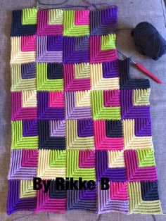 Only Free crochet and knitting patterns has members. Place to share ONLY free crochet and knitting patterns, post your finds from pintrest,. Crochet Potholders, Crochet Quilt, Tunisian Crochet, Crochet Squares, Crochet Home, Crochet Blanket Patterns, Crochet Motif, Crochet Crafts, Crochet Stitches