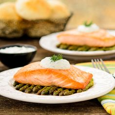 This pan-seared salmon with roasted asparagus is served with a homemade dill sauce. It is an elegant meal for any night of the week. #WeekdaySupper