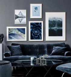Blue gallery wall with beautiful posters and art prints - Find inspiration for your personal wall art with posters & art prints from Posterstore.se Spice up your living room or bedroom. Source by posterstoreUK poster Living Room Decor, Decor Room, Home Decor, Photo Bleu, Inspiration Wand, Blue Wall Decor, Poster Store, Canapé Design, Blue Walls