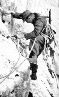 78 best gebirgsj ger images world war two german army soldiers Mount Vesuvius gebirgsjager pin by paolo marzioli world war ii troops world war two