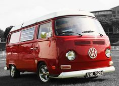The Volkswagen Type 2 or the Transporter, Kombi, Microbus or Camper was first introduced in 1950 by the German car manufacturer Volkswagen as it's car model with the Type 1 being the Beetle. Volkswagen Transporter, Volkswagon Van, Volkswagen Type 2, Vw T1, Combi Vw T2, Kombi Clipper, Kombi Hippie, Kdf Wagen, Scooters