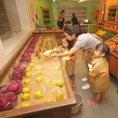 Kids learn about harvesting fresh produce at the Farm House Store.  #kidzaniamanila by kidzaniamanila