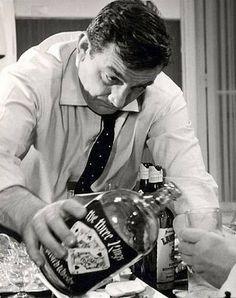 Un dernier ptit verre de pomme, Georges !  Les Tontons flingueurs (Georges Lautner - 1963)