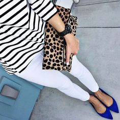 """""""Black and white stripe shirts will always be a weakness of mine. Blue Shoes Outfit, White Jeans Outfit, White Pants, Moda Fashion, Fashion News, Fashion Trends, Zapatos Animal Print, Spring Summer Fashion, Spring Outfits"""