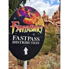 Going on a high peak Disney day? Make sure you get a fast pass for Fantasmic just in case. If a fire Marshall feels uncomfortable in the park, they can shut it down and not admit anyone else in. If for any reason you have to leave Disneyland, show your fastpass to someone at the turnstile and they'll let you back in.