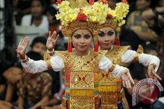 """""""SENI BUDAYA NUSANTARA"""": Tari Adalah Bagian Hidup Masyarakat Bali"""