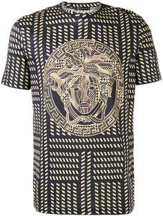 VERSACE logo print T-shirt. #versace #cloth #t-shirt