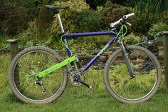 1993 Trek And this is a factory color. Bicycle Shop, Bicycle Art, Trek Bikes, Cycling Bikes, Vintage Bikes, Retro Bikes, Sport Bikes, Mountain Biking, Old School