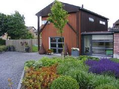 ZONNEVLINDER : 2-rooms in a hooiberg, own entrance, kitchen, everything is complete, the whole hooiberg is for you, lockable bike shed | Warmenhuizen (NH)