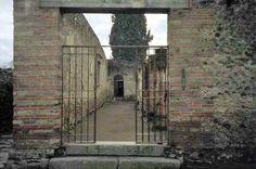 Pompeii Ruins, Pompeii And Herculaneum, Entrance, Entryway, Door Entry