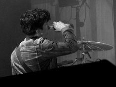Alex Turner, Monkey Gif, Am Album, Weekend Film, Matt Helders, Ghost Cookies, The Last Shadow Puppets, Vampire Weekend, British Rock