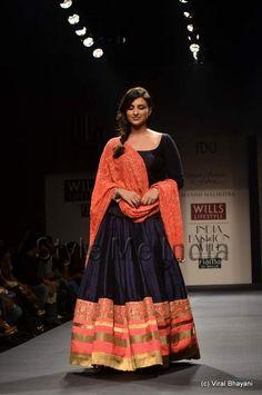 Actor Parineeti Chopra showstopper for Manish Malhotra at Wills Lifestyle India Fashion Week Spring- Summer 2013