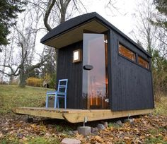 A mobile/portable Sauna #Shed. Who wouldn't love one of these in their #vancouver backyard!
