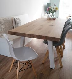 Diy Dining Table, Dining Area, Living Room With Fireplace, Home Living Room, Ideas Decoracion Salon, Dining Room Inspiration, Farmhouse Kitchen Decor, Dining Room Design, Interior