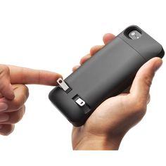 The Cordless iPhone 5/5s Charging Case - Hammacher Schlemmer