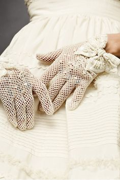 gloves for a fall wedding!