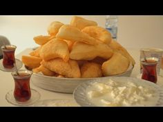 "Rețetă de clătite complet diferită ""Petulla"" - YouTube Beignets, Sweet Recipes, Snack Recipes, Pancake Dessert, Desserts With Biscuits, Our Daily Bread, The Creator, Goodies, Cheese"