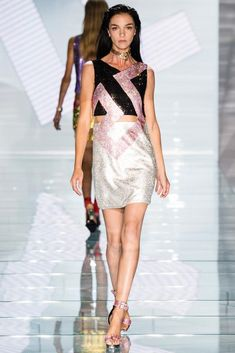 Versace Spring 2015 Ready-to-Wear - Collection - Gallery - Look 11 - Style.com