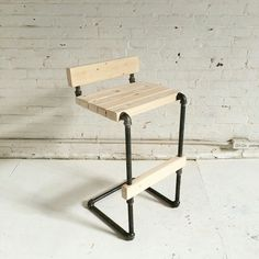 I getting a little sick of pipe furniture but my publisher wanted a few more for my book. Diy Bar Stools, Industrial Bar Stools, Industrial Design Furniture, Furniture Design, Bar Chairs, Industrial Pipe, High Chairs, Room Chairs, Outdoor Furniture Chairs