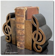 wooden treble clef BOOKENDS