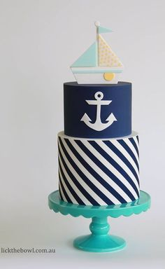 Nautical cake with boat cake topper Party Fiesta, Festa Party, Fancy Cakes, Cute Cakes, Fondant Cakes, Cupcake Cakes, Anchor Cakes, Boat Cake, Nautical Cake
