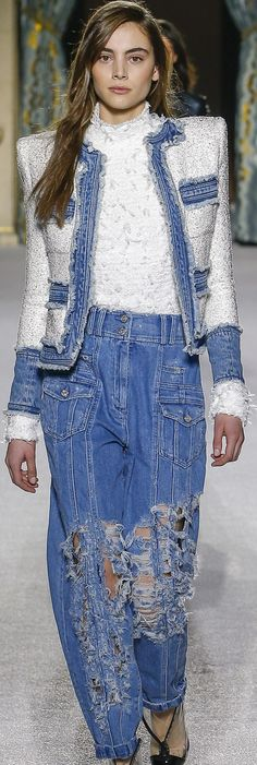 Fall 2018 RTW Balmain Great jacket — with different pants Denim Fashion, Runway Fashion, Womens Fashion, Fashion Trends, Christophe Decarnin, Mode Jeans, Denim Ideas, Fashion Week 2018, Jeans Denim