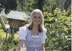 Cornelia Unterköfler. Auszubildende Hotel- und Gastgewerbeassistentin und Restaurantfachfrau. Cornelia wohnt geographisch gesehen im Mittelpunkt von Kärnten - im schönen Örtchen Arriach. In ihren vier Lehrjahren wird sich Cornelia ein umfangreiches Wissen über zwei Berufe in der Hotellerie aneignen.