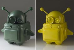 PixelPancho robots - I saw these in a store in Kazakhstan and fell in love. I want a white one.