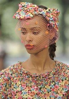 Inspiration: Nest of Floral ... #fashion #hats #prints