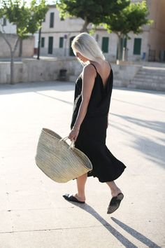 Slipdress, All Black, Look, lotd, ootd, minimal, Summer, The Fifth Label, vegan, Stroh, Stella McCartney, Loafer, Design, Inspiration, Outfit,…