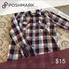 Men's large checkered shirt My husband only wore it once.   It fits a slimmer figure but is extremely flattering. Aeropostale Shirts Casual Button Down Shirts