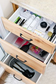 Organizing Bathroom Drawers and Cupboards