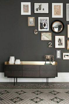 #corner #collage #fotocollage #dressoir #pictures #mozaïek #mosaicfloor #tiles www.leemconcepts.nl