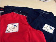 Personalizziamo il tuo abbigliamento: magliette, polo, gilet, felpe, giacconi... #DecograficGenova #stampadigitale