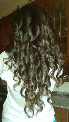 Formidable..*.* Long Hair Styles, Beauty, Long Hairstyle, Long Haircuts, Long Hair Cuts, Beauty Illustration, Long Hairstyles, Long Hair Dos