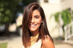 sazan, hendrix, straight hair, tips for straight hair, how to, healthy hair, beauty, hair, makeup, affordable finds, living proof straight, living proof products, best straighteners, hair straightener, davines hair products, kerastase humidity proof, anti-frizz tips, tips for styling, curly hair, get the look, easy, look,