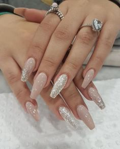 Acrylic nails, classy acrylic nails, painted acrylic nails, prom na Painted Acrylic Nails, Classy Acrylic Nails, Fall Acrylic Nails, Acrylic Nail Designs Classy, Classy Nails, Colorful Nail Designs, Nail Art Designs, Nails Design, Nude Nails