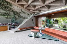 From 1979, when Goldstein brought the architect to the house, until Lautner's…