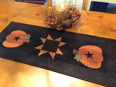 Primitive Pumpkin Runner / Pumpkin & Star Runner / by QuiltedByVal Primitive Pumpkin, Fat Quarter Projects, Blanket Stitch, Fall Table, Table Runners, Hand Sewing, Quilting, Table Decorations, Star
