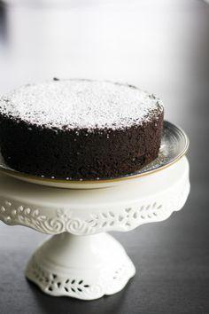 데블스 케이크의 정석 - 최고최고최고~!!!!!!!^^ – 레시피 | 다음 요리 Food Photography, Baking, Cake, Sweet, Desserts, Recipes, Cake Ideas, Dessert Ideas, Candy