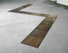 Carl Andre: Cubolt, 1981, Kupfer, 0.5 x 225 x 675 cm.