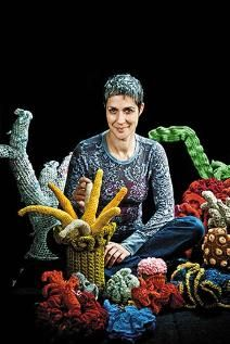 Margaret Wertheim on How To Crochet a Coral Reef (apparently, there are things i've never even thought about....)
