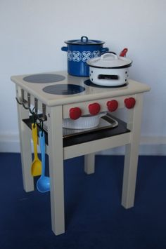 kids play stove...cool idea..Nana's girls would love this!