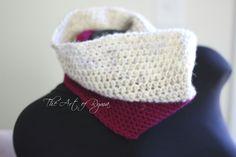 """The Marie"" Crochet Cowl"