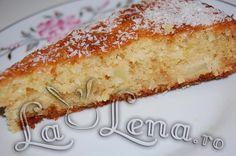Prajitura cu mere si nuca de cocos Vanilla Cake, Desserts, Food, Food Cakes, Tailgate Desserts, Deserts, Eten, Postres, Dessert
