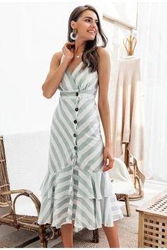 2019 Vintage striped women long dress summer V neck buttons ruffle linen dresses Linen Dresses, Cute Dresses, Casual Dresses, Fashion Dresses, Fall Dresses, Vestidos Vintage, Vintage Dresses, Long Summer Dresses, Dress Summer
